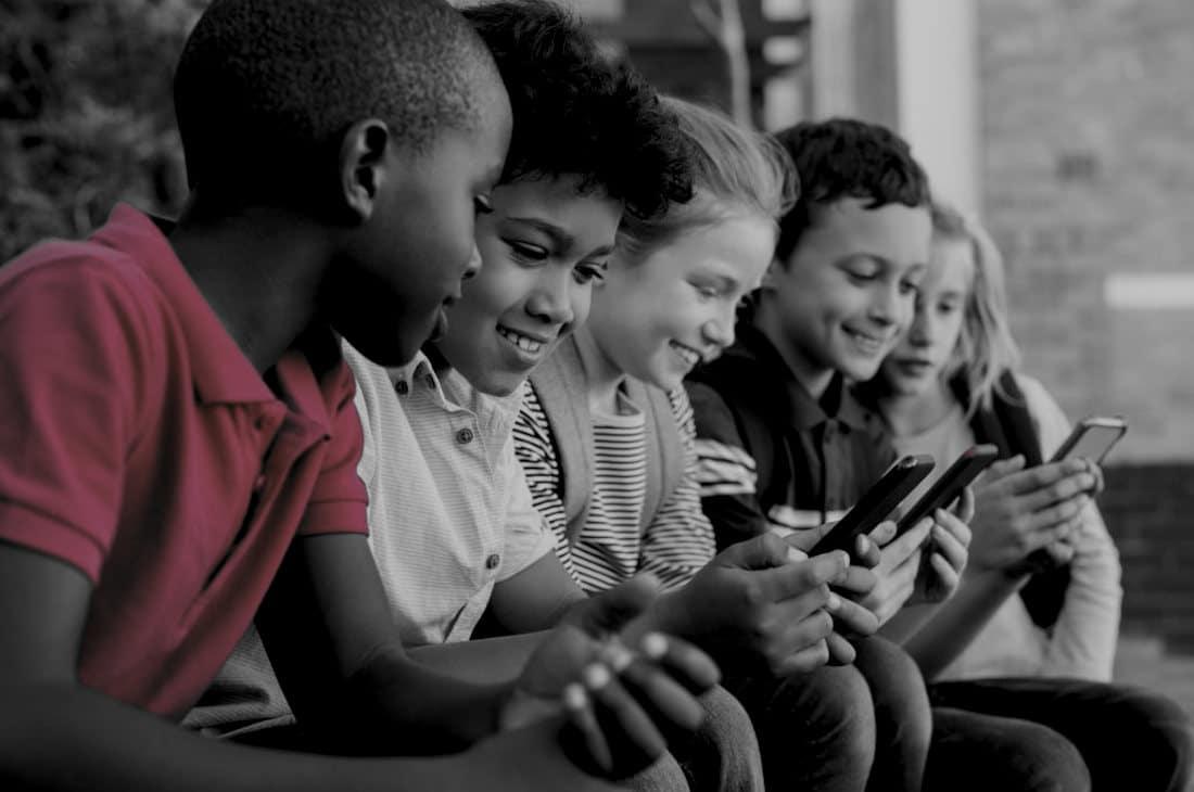 Quais os riscos do uso de aplicativos de mídia social?