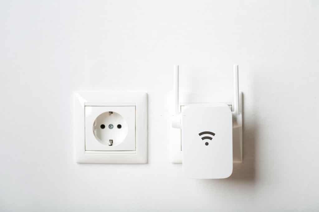 Qual é a diferença entre um extensor de Wifi, repetidor de Wifi e amplificador de Wifi?